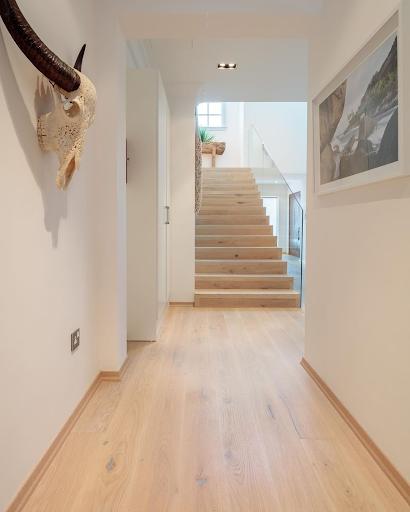 Wood flooring in dubai